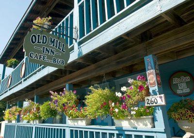 Old Mill Inn-Cafe